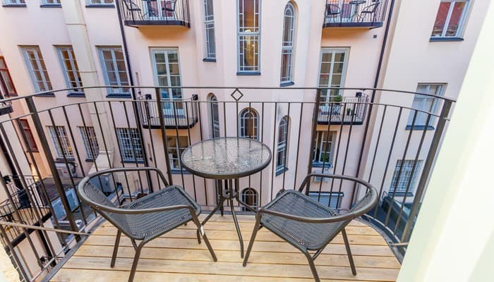 apartment hotel stockholm city center: small one bedroom apartment - balcony