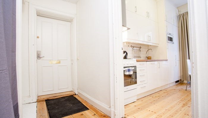 serviced apartment aparthotel stockholm: studio with sofa bed - entrance hall