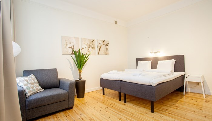 Apartt hotel central stockholm: small studio for rent -  beds