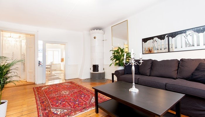 Rental Apartments Old Town Stockholm: Large One Bedroom Apartment - sitting area