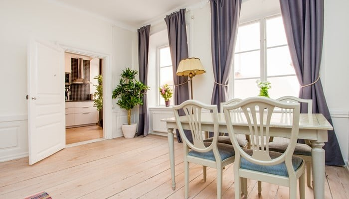aparthotel stockholm old town: superio one bedroom apartment - dining area
