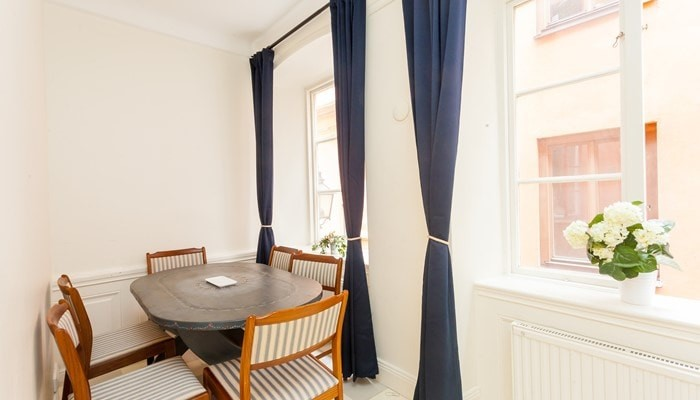 Apartment Hotel Stockholm Gamla Stan:large one-bedroom - dining area